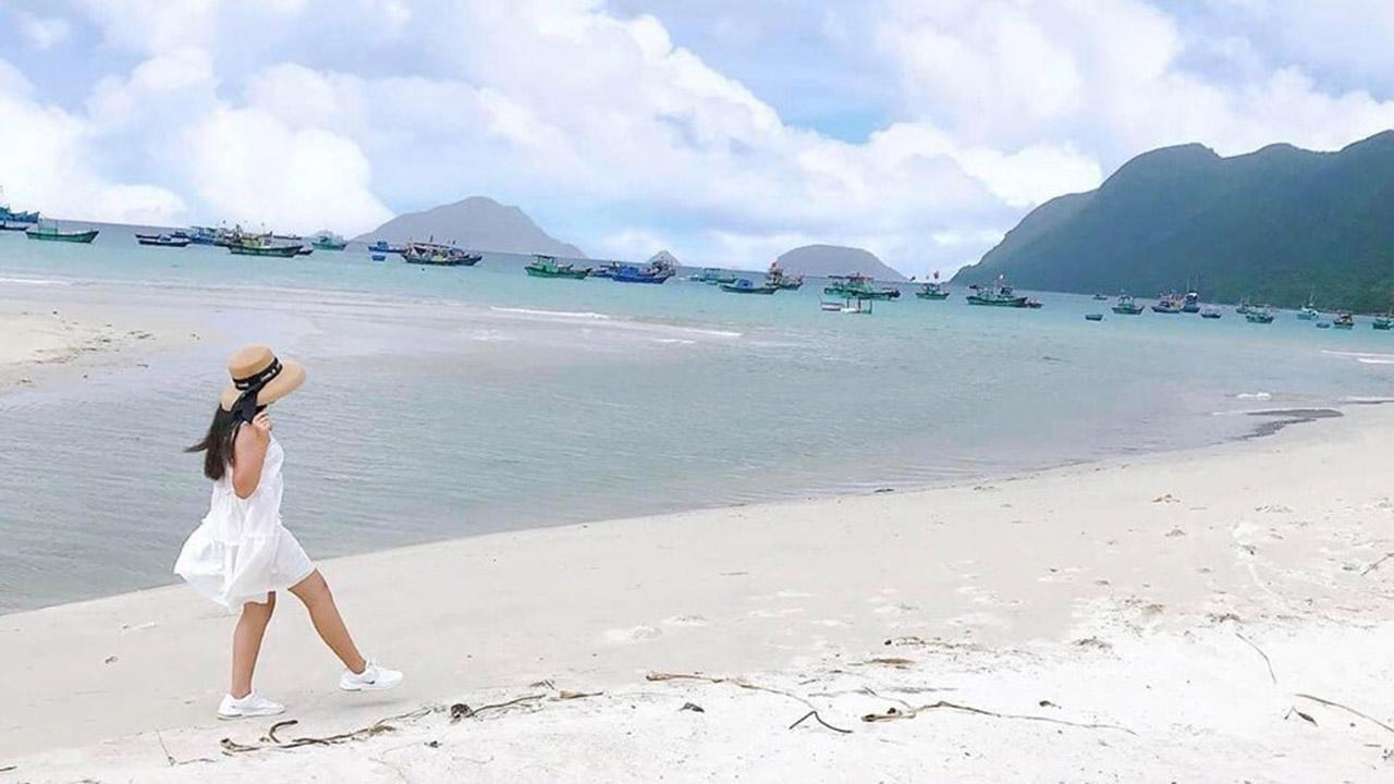 Bãi Lò vôi Côn Đảo
