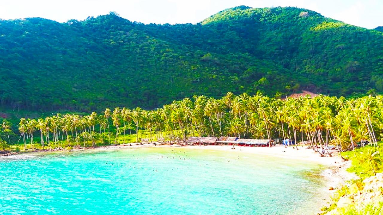 Bãi tắm Cây Mến ở đảo Nam Du xinh đẹp