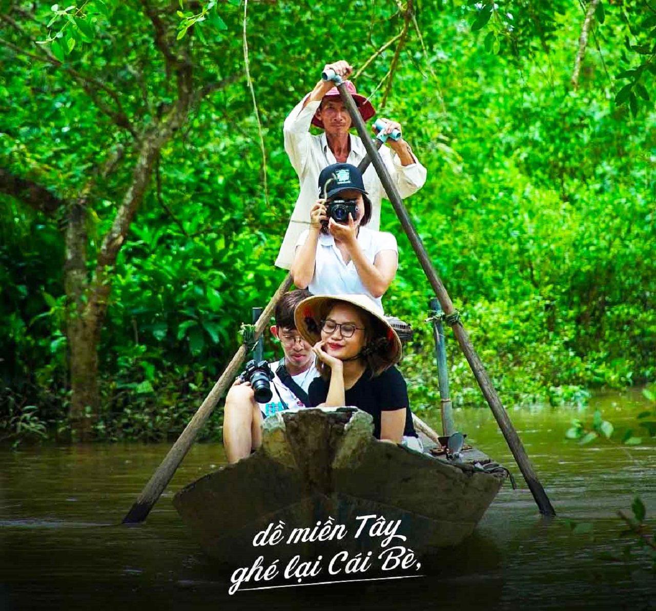 Xuồng chèo cực đẹp tại cù lao Tân Phong