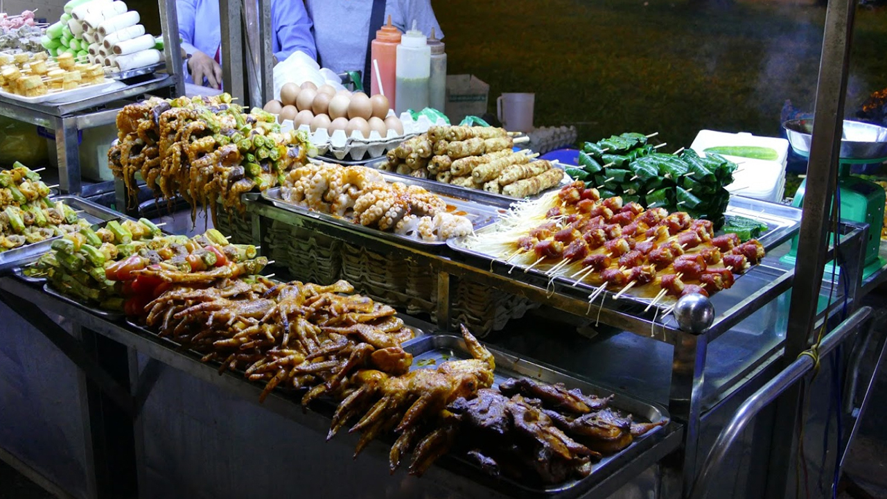 Đồ nướng thơm ngon ở chợ đêm Trần Phú