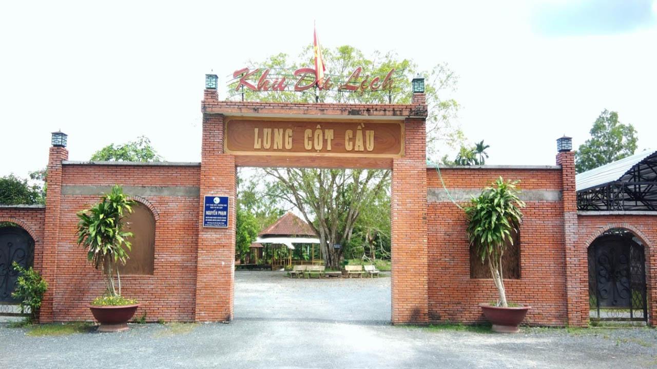 Khu du lịch Lung Cột Cầu
