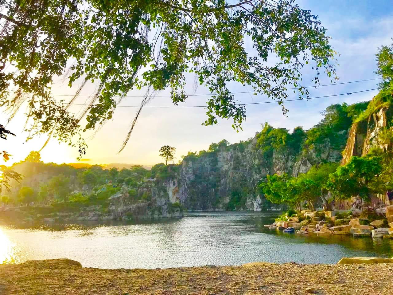 Khu du lịch núi Sập Thoại Sơn