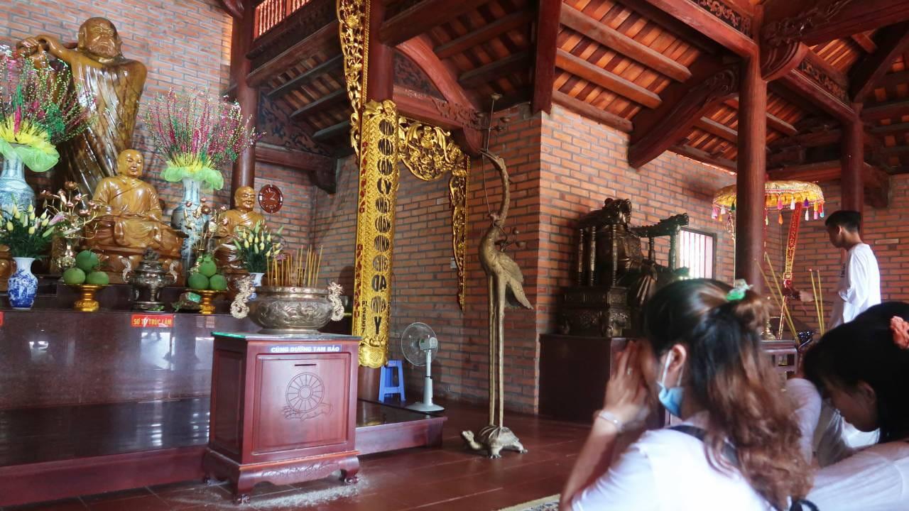 Tam tổ ở thiền viện Phương Nam