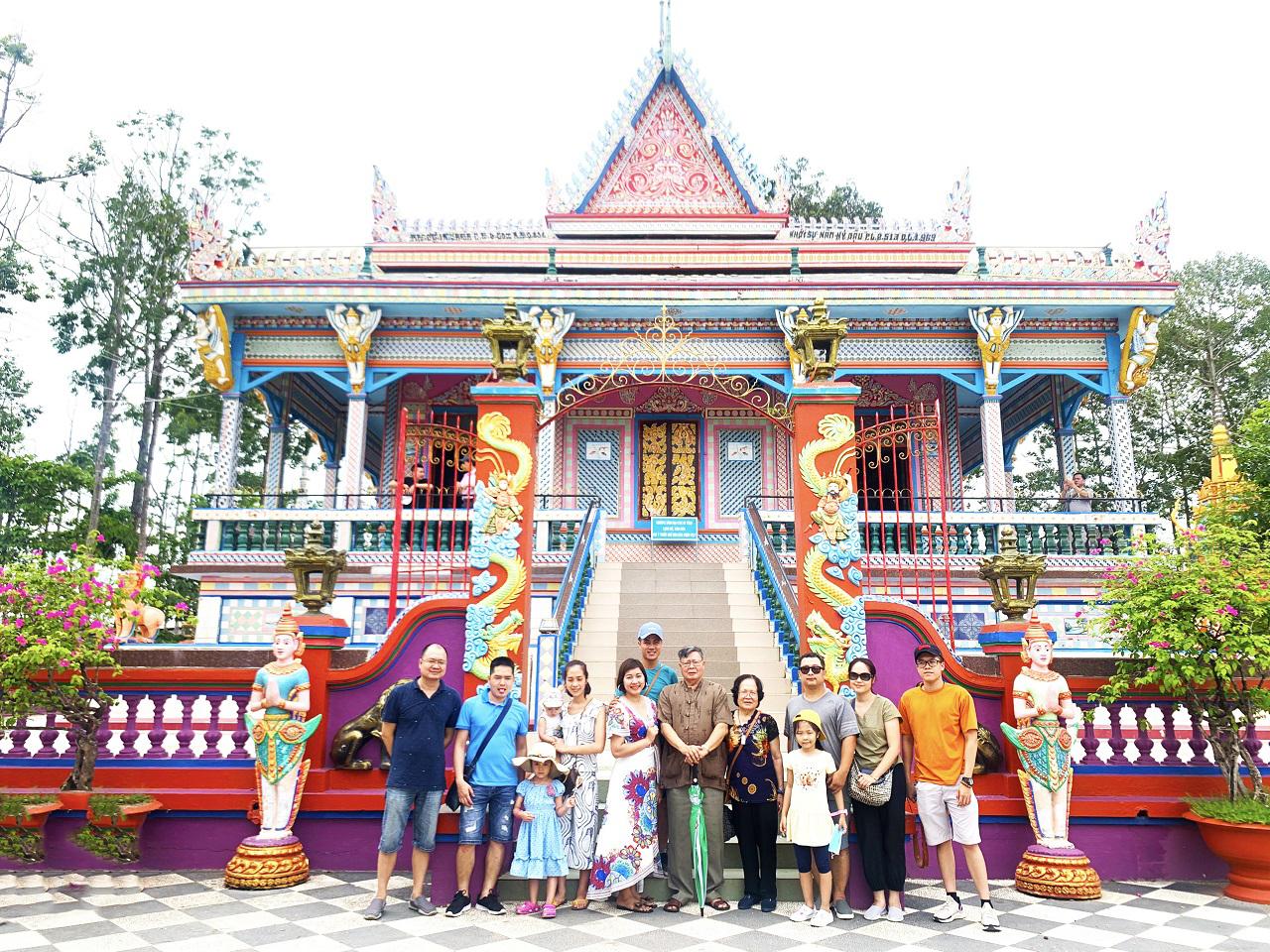 Viếng chùa Chén Kiểu Sóc Trăng - tour Cần Thơ Cà Mau 3 ngày 2 đêm