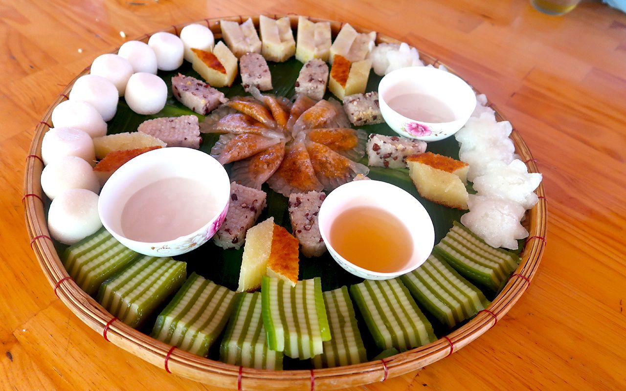 Trải nghiệm làm bánh và thưởng thức bánh dân gian tại Cồn Sơn - tour du lịch Cần Thơ 2 ngày 1 đêm