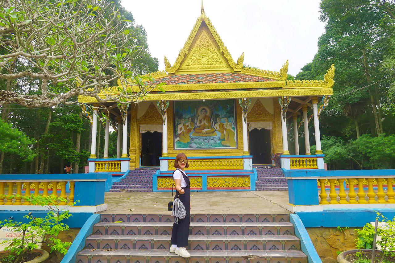 Chùa Dơi Sóc Trăng - tour Cần Thơ Cà Mau An Giang 3 ngày 2 đêm