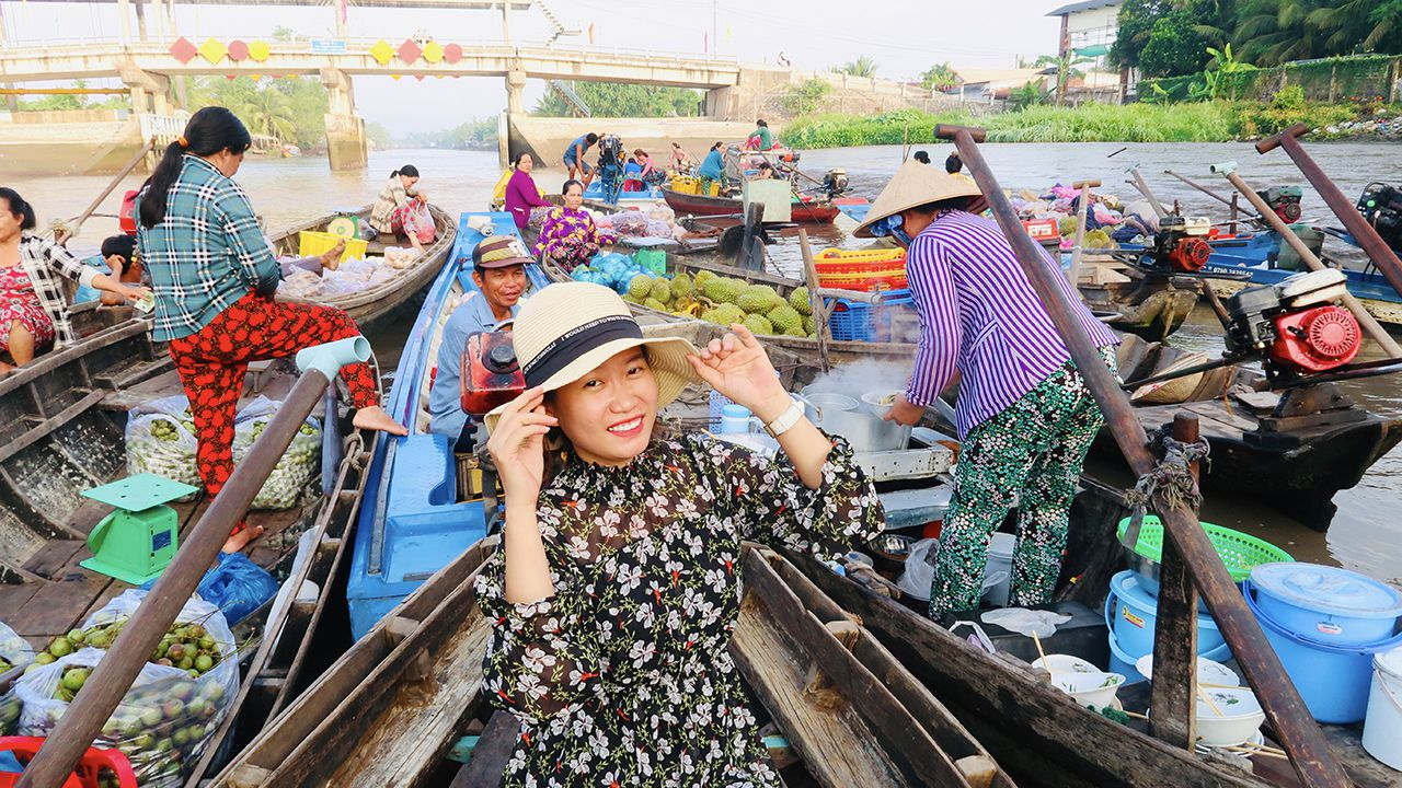 Tour chợ nổi Phong Điền Cần Thơ giá rẻ
