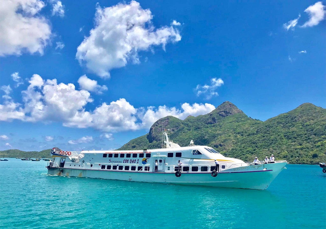 Tour Côn Đảo đi bằng tàu cao tốc